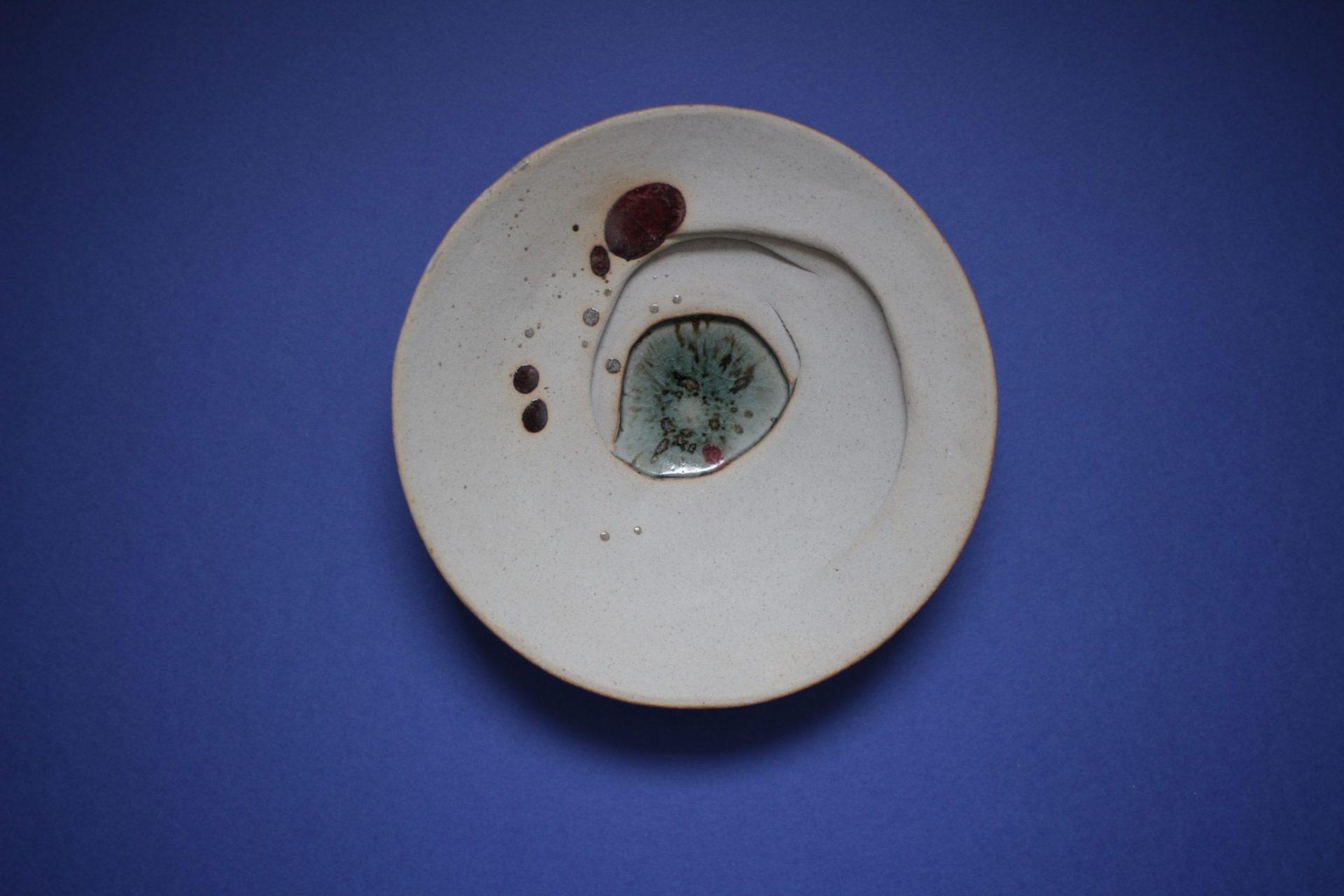 ©manon alberger 2011, céramique, grès blanc, rouge de cuivre, couverte